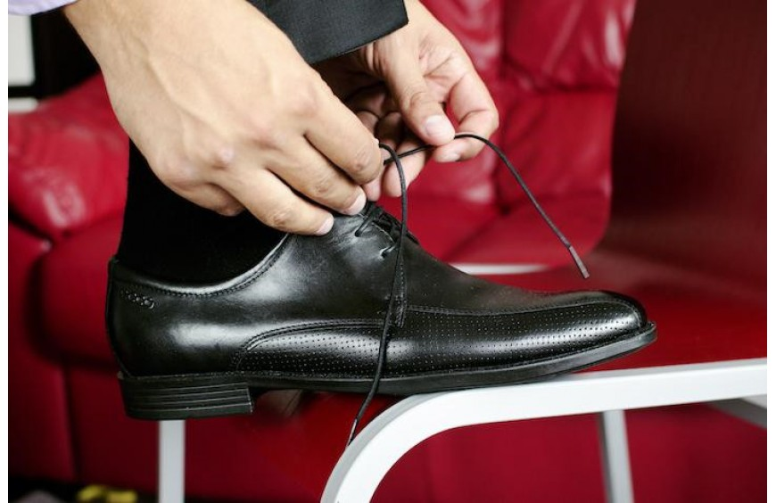 HEY SHOE LOVERS, HERE'S HOW TO MAKE YOUR SHOES LAST LONGER